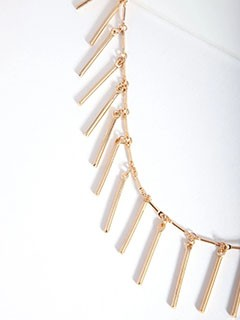 Gold necklaces deals